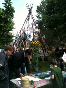 Kids and adults alike enjoyed decorating the garden wigwam with their hand drawn fruits and vegetables.
